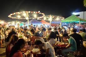 バンコクの新宿ラチャダーは世界のバックパッカーに大人気!