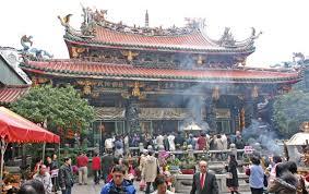 台湾のパワースポット龍山寺