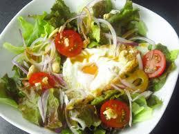 タイのサラダ、ヤム カイダーオ