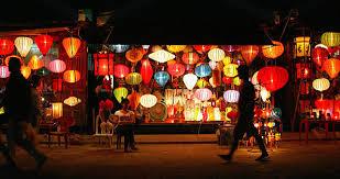 ベトナム中部の街ホイアンは昭和へタイムスリップできる世界遺産都市