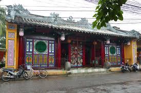 クアンコン廟