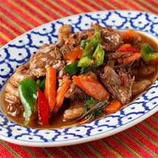 タイ料理、ヌアパットナムマンポイ