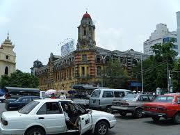 ヤンゴンのコロニアル様式建築物
