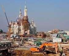 建設中の上海ディズニーリゾート