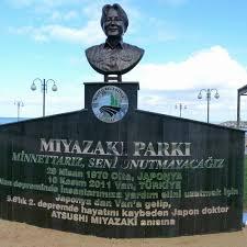 トルコ地震の英雄となった日本人の銅像
