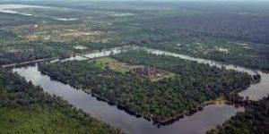 カンボジアの寺院都市マヘンドラパルバタ