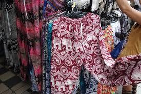 バンコク観光にはタイパンツを履いて行動しよう