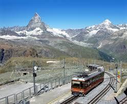夏の快適登山はスイスのツェルマットで