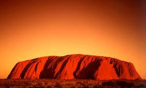 オーストラリア・エアーズロックのベストシーズンは