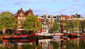 ゴッホとアンネフランクの街アムステルダム