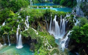 世界一美しいクロアチアのプリトビチェの滝