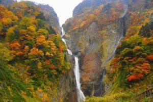 日本一落差の大きい称名滝 (富山県)