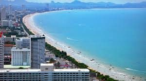 バンコクから日帰りで行けるビーチ、パタヤ