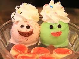 バンコクではこんなアイスも食べられますよ〜 (^ ^)