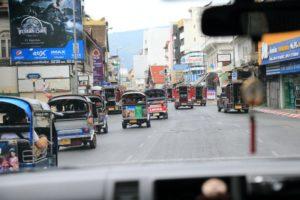 チェンマイの道路はバンコクと違い渋滞知らず