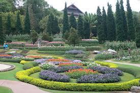 タイの避暑地プーピン宮殿