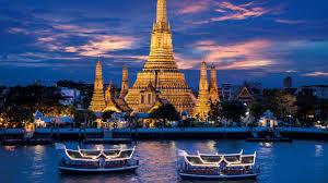 バンコクのワットアルン夜景とナイトクルーズ船