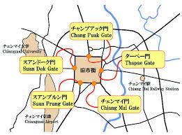 チェンマイの旧市街とターペー門の地図
