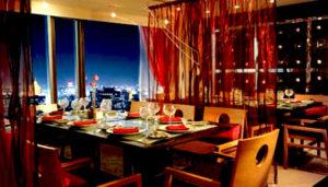 海外の高級ホテルでクリスマスディナー