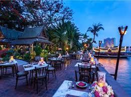 バンコクのリバーサイドレストラン