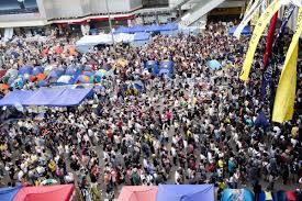 香港民主化要求の街頭デモ