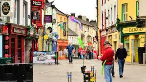 アイルランド、ゴールウェイでショッピング & グルメ