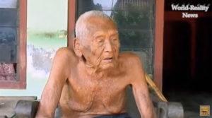 世界最長寿者はインドネシア人男性