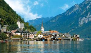 世界一美しい湖岸の町ハルシュタット