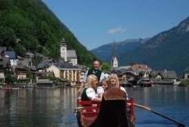 世界遺産オーストリアのハルシュタット湖は絶景