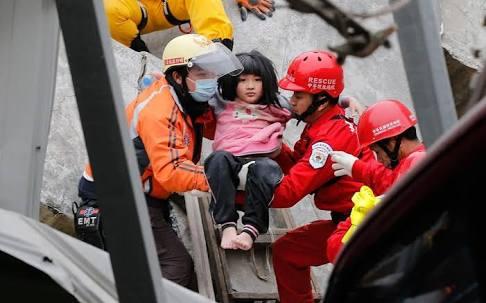 台湾地震で亡くなった大学生カップルの物語