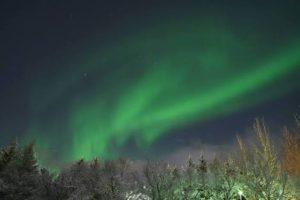オーロラ観測に人気の観光地アイスランドのレイキャビク