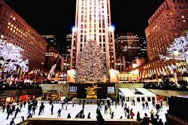 ニューヨークの巨大クリスマスツリー