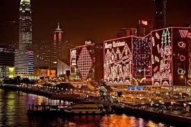 夜景とイルミネーションが美しい香港のクリスマス