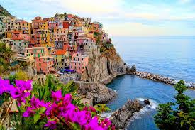 世界一美しい街イタリアのチンクエテッレ