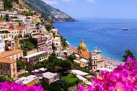 世界一美しい街世界一美しい街イタリアのアマルフィ