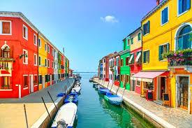 世界のカラフルな街イタリアヴェネチアにあるブラーノ島
