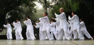 香港・中国では太極拳が健康長寿法
