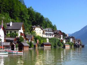 中国がコピーした世界遺産オーストリアのハルシュタット湖