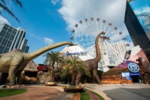 都会のど真ん中にできたバンコクの恐竜テーマパークは大人気