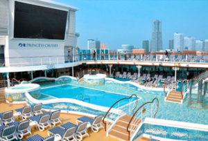海外旅行大型客船クルーズ船内の過ごし方