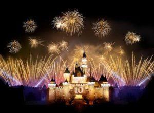 香港ディズニーの花火ショーとパレード