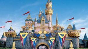 入城できない香港ディズニーの城リニューアル予定