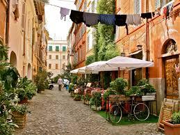 ローマの下町トラステヴェレ地区の食べ歩きグルメ情報