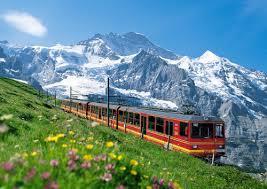 スイス旅行は鉄道 (乗り物) を楽しもう!