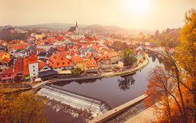 チェコのロマンティックな街「チェスキークルムロフ」& 「ミクロフ」への旅